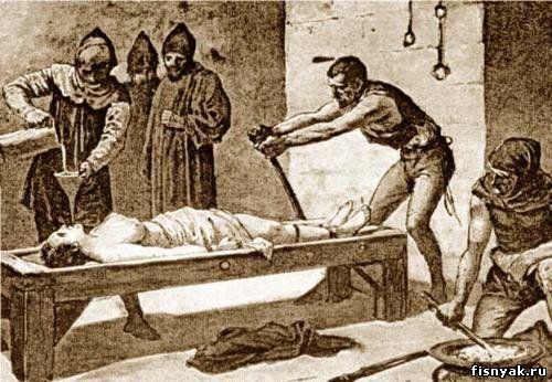 Пытки женщин избиение плетьми видео